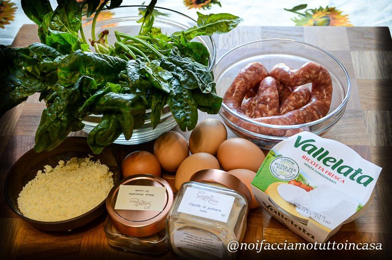 Rotolo di frittata agli spinaci farcito