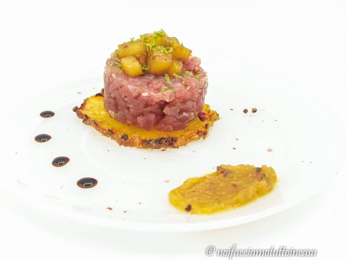 Tartare di tonno con ananas in più consistenze