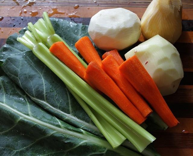 Svezzamento: Ricetta Pappa con carote e sedano preparata con il Bimby