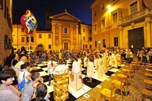 scacchiera-Pesaro-Mezzanotte-bianca-dei-bambini