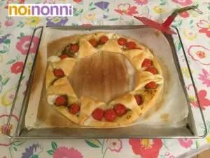 corona-di-pasta-sfoglia-pomodorini-mozzarella