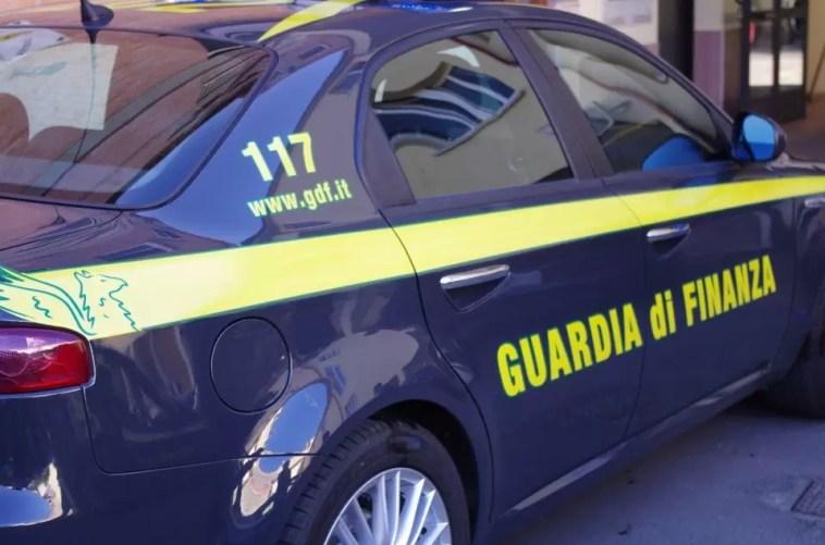 Anche in Puglia l'operazione con tre arresti e sequestri per trenta milioni di euro Guardia di finanza