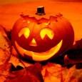 Ahány ember annyi féle reakció a régi-újkeletű ünnep Halloween kapcsán. Most kicsit utánanéztem, mit is ünneplünk Halloweenkor, az angolszász kultúrából áthagyományozódott ünnepen. A magam részéről angolszakos múltam, különösen az ír […]