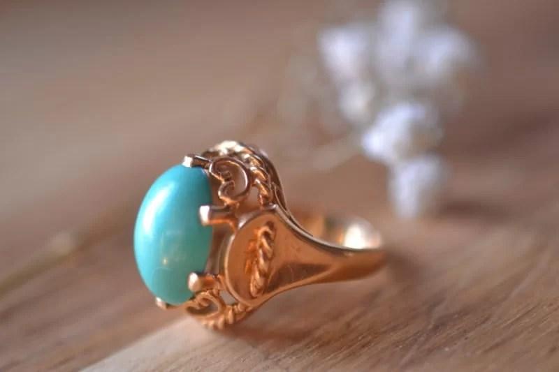 Bague en or et pierre turquoise vintage