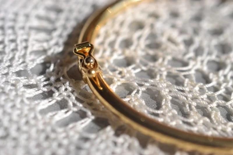 Bracelet jonc en or ouvrant vintage