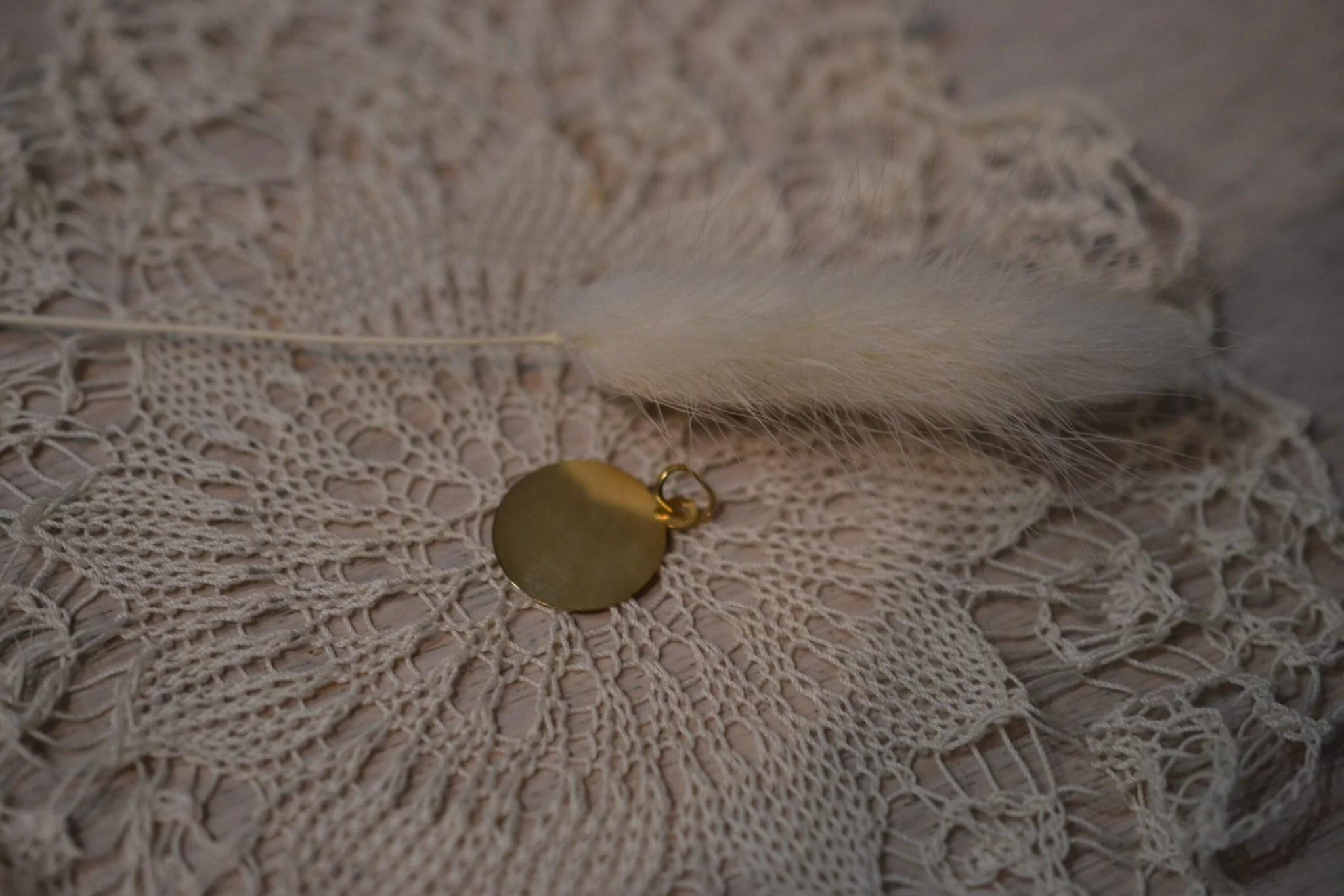 Medaille Vintage En Or Jaune 18 Carats (750/1000) - Un Bijou Noircarat.fr