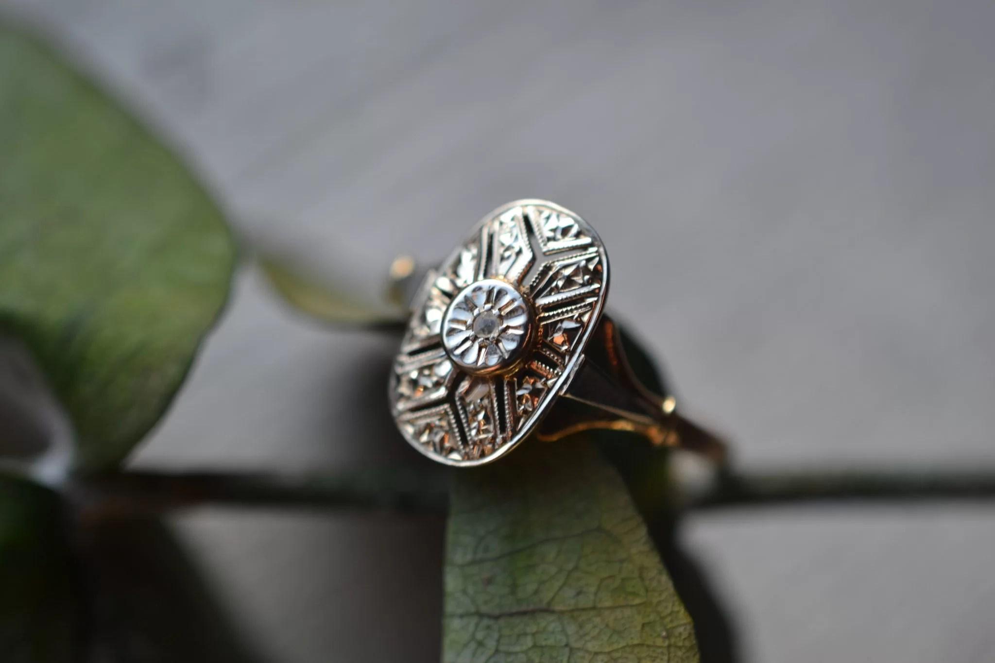 Bague Art Déco Avec Diamant