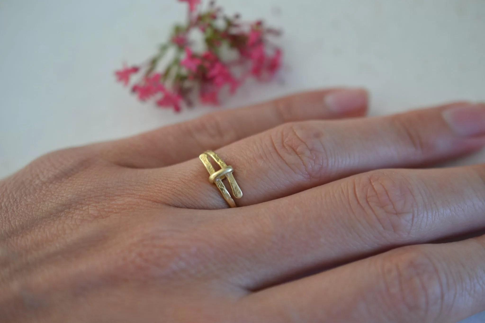 bague martelée en or - Bijou vintage certifé - 18 carats 750:1000 - bijoux ecoresponsables