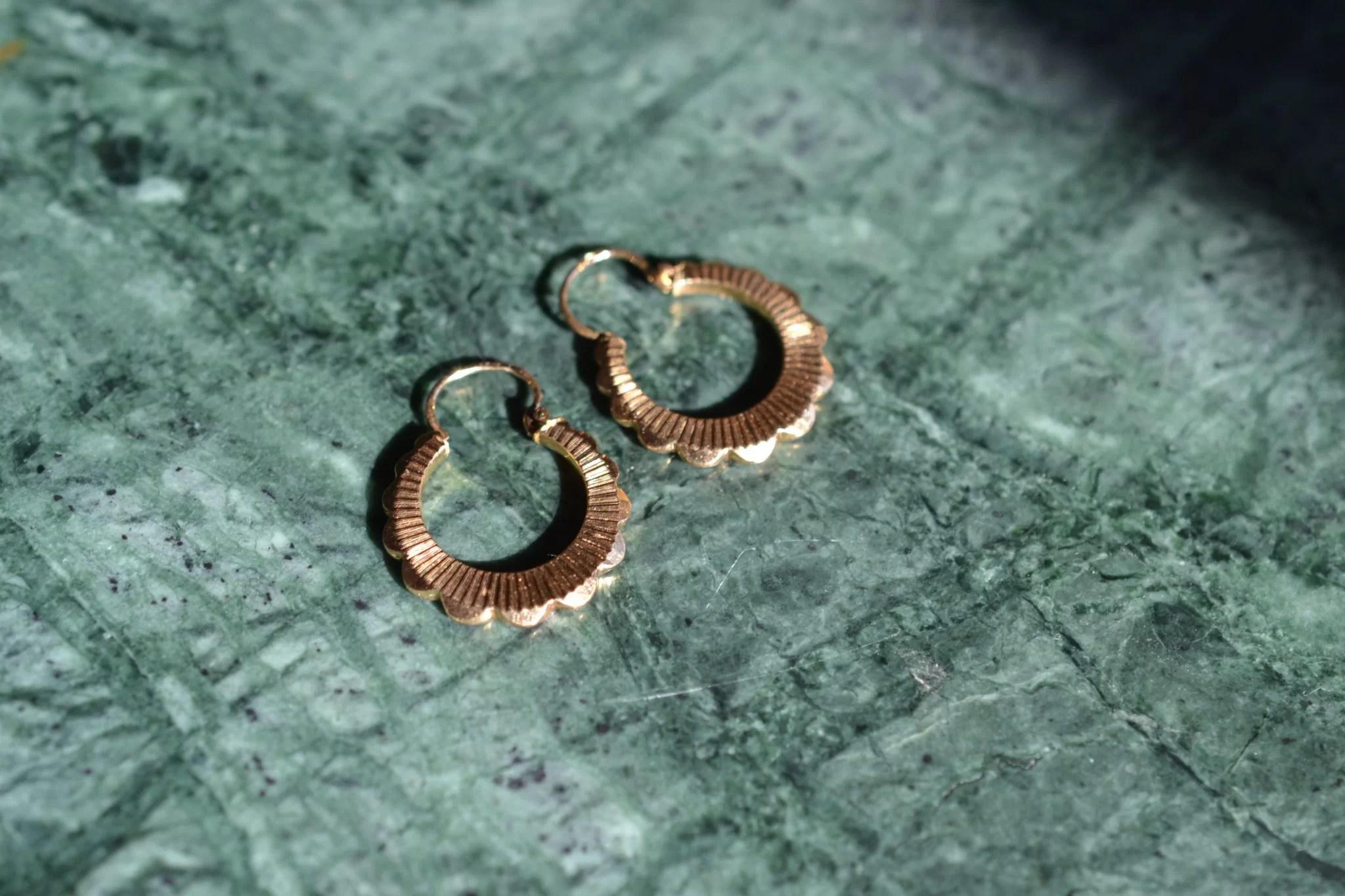 Boucles D'oreilles Créoles En Or Jaune 18 Carats - 750:1000 - Boucles D'oreilles Vintage