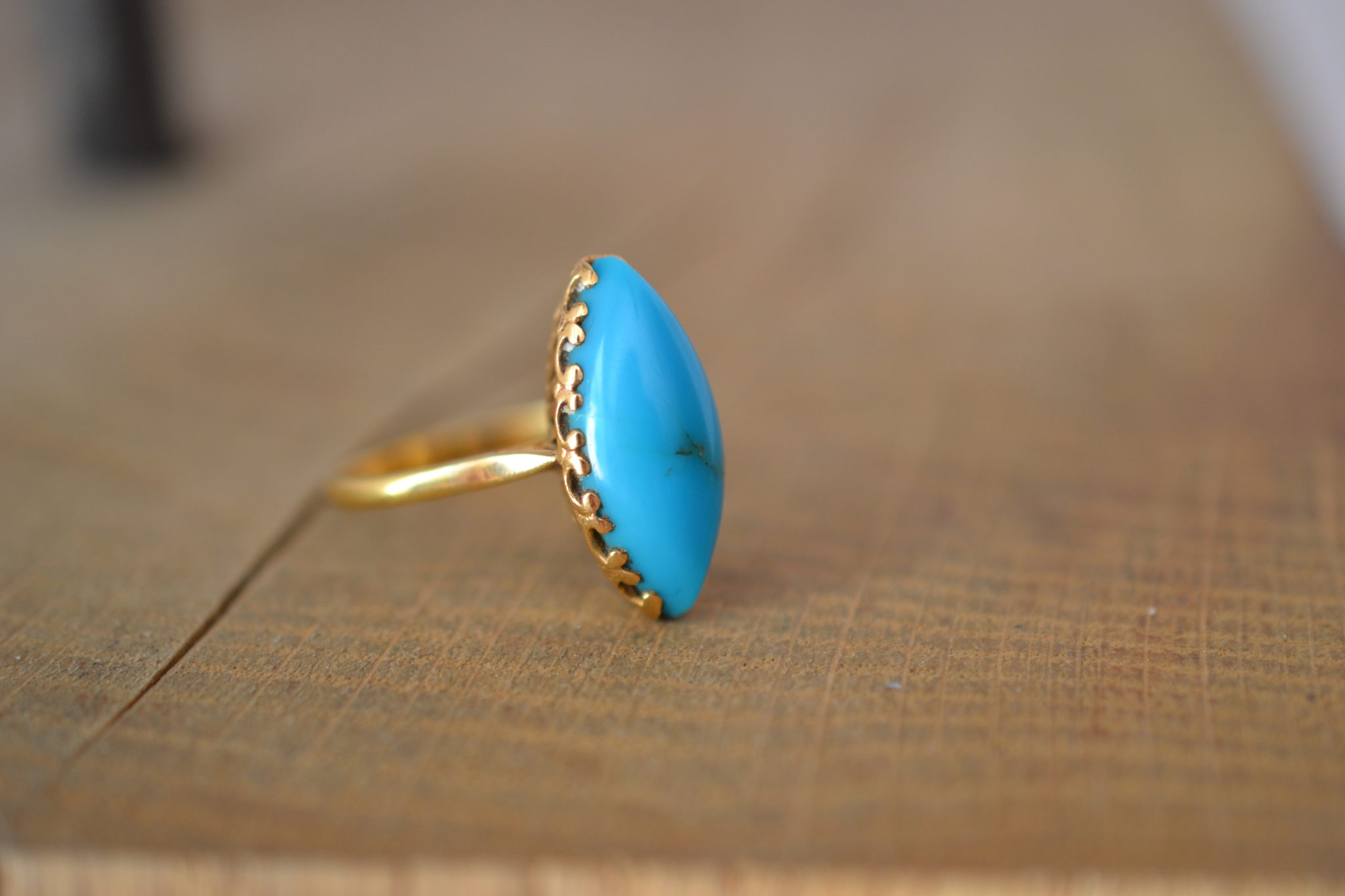 Bague Navette Turquoise Cabochon - Monture En Or Jaune 18 Carats - Bijoux Vintage En Or Pur