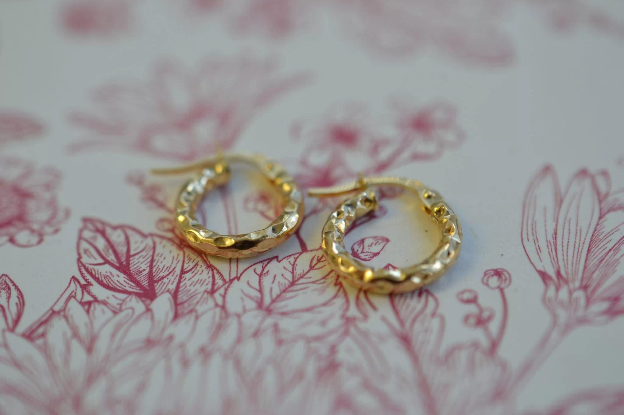 petites boucles d'oreilles anciennes en Or - petites créoles - Bijoux occasion en or
