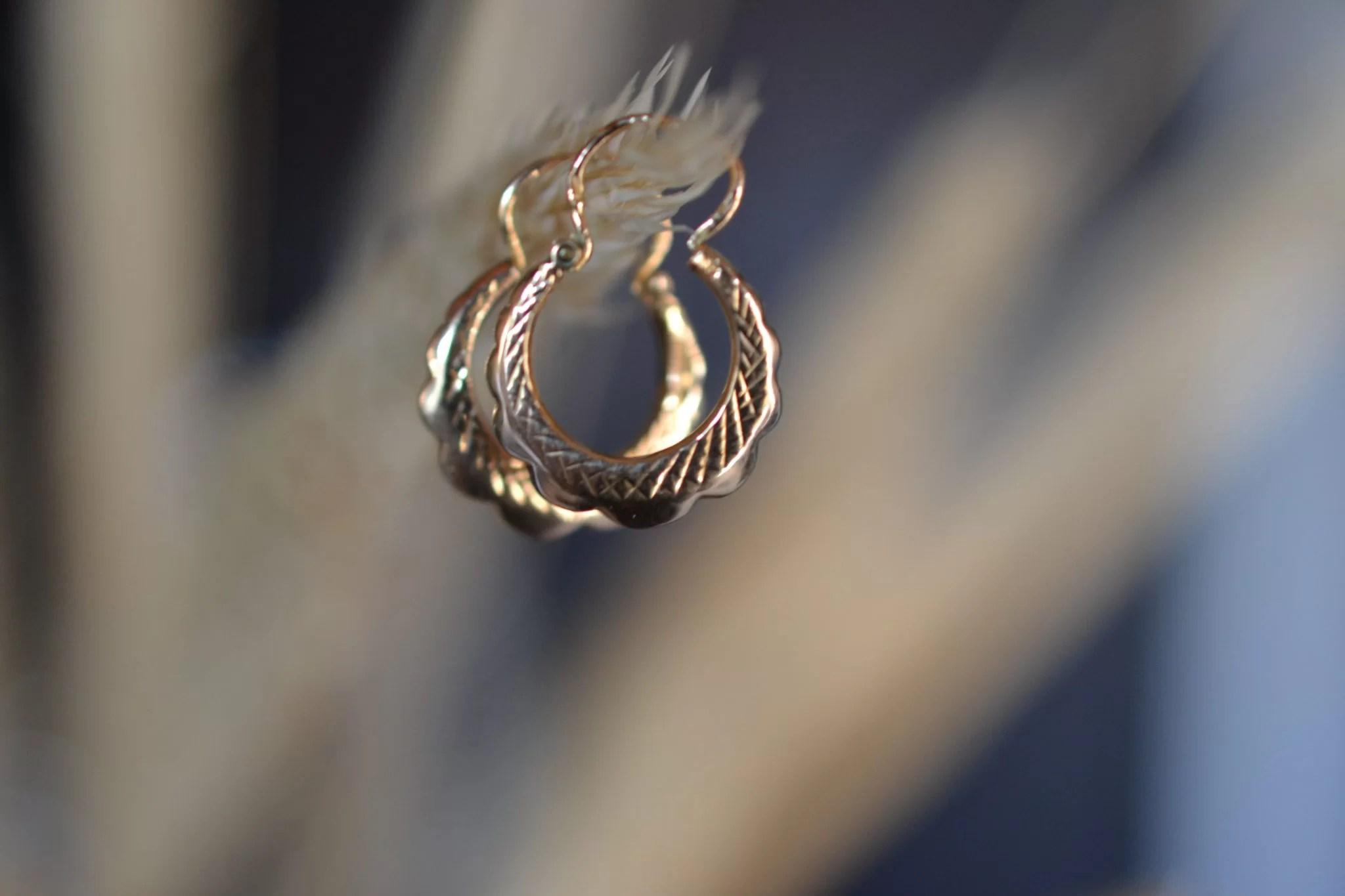 boucles d'oreilles anciennes en Or 18 carats 750:1000 - noircarat.fr - bijoux seconde main en Or massif