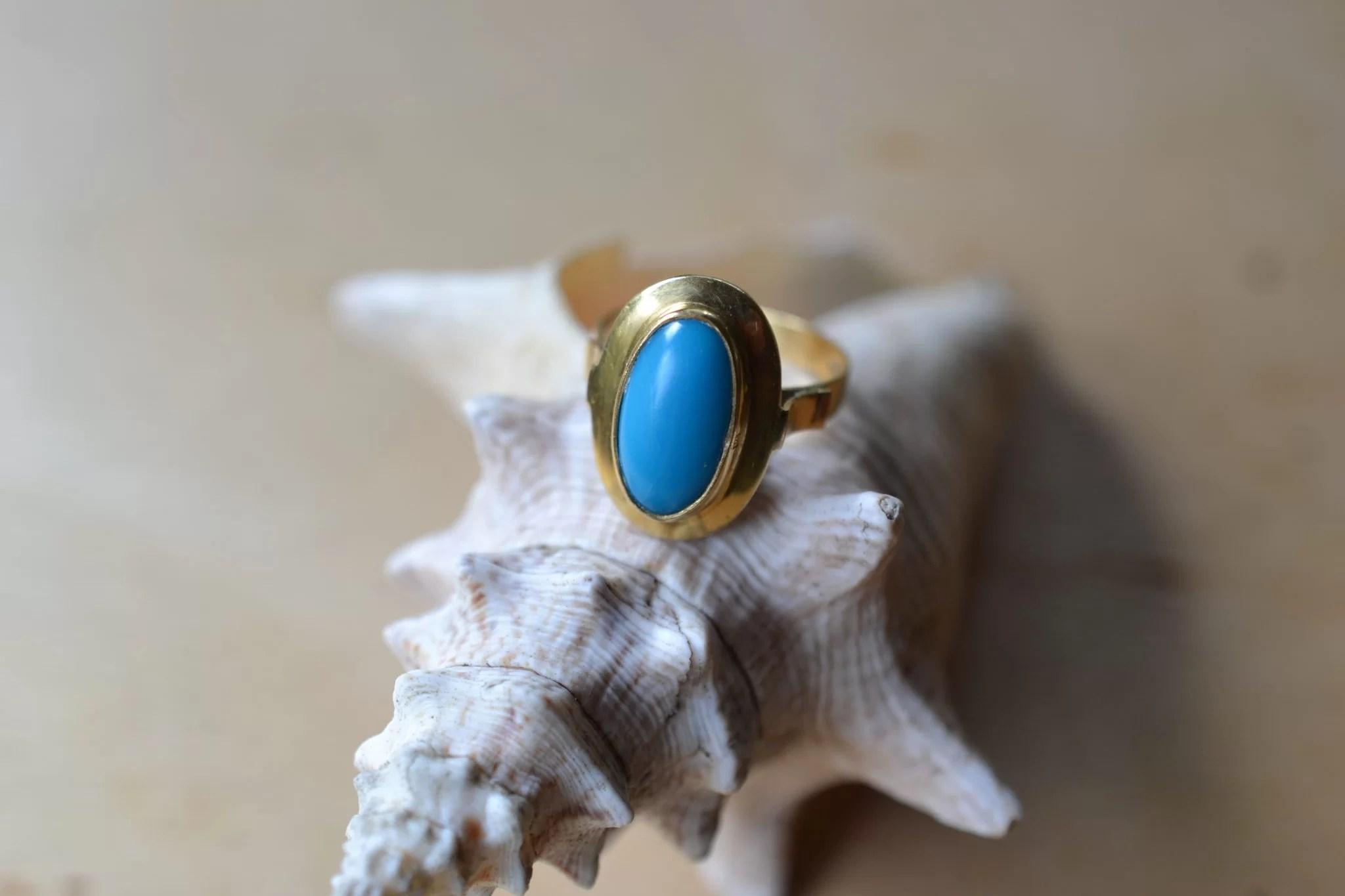 Bague En Or Jaune Sertie D'une Pâte De Verre Imitant La Turquoise Bijoux Vintage Anciens