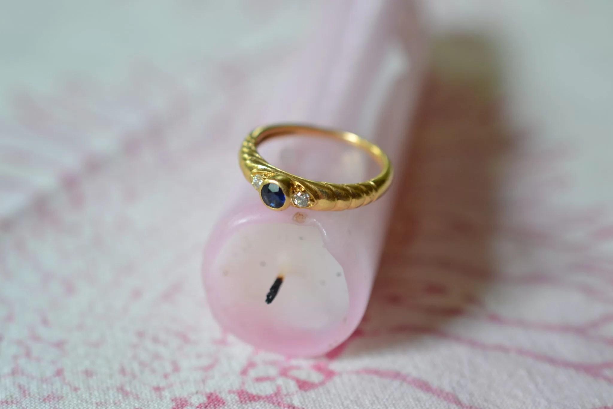 Bague Ancienne Saphir Et Diamants En Or Jaune Bijoux Anciens Vintage Grand Mère