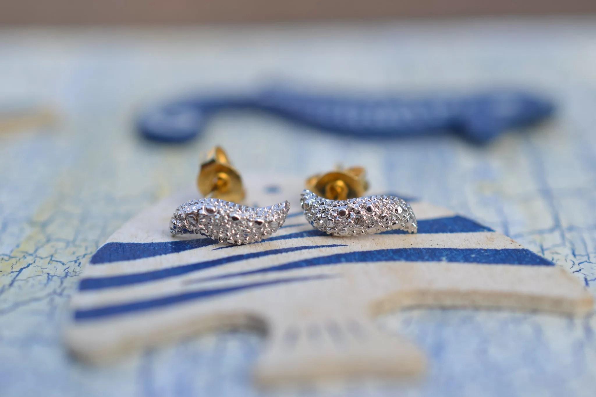 Petite Paire De Puces D'oreilles Brillantes En Forme De Vagues Bijoux Vintage