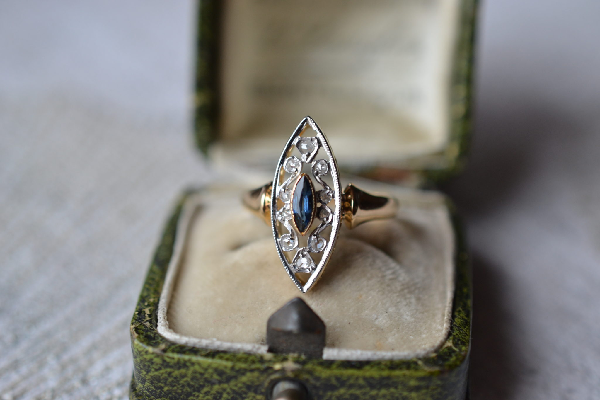 Bague Marquise 2 Ors