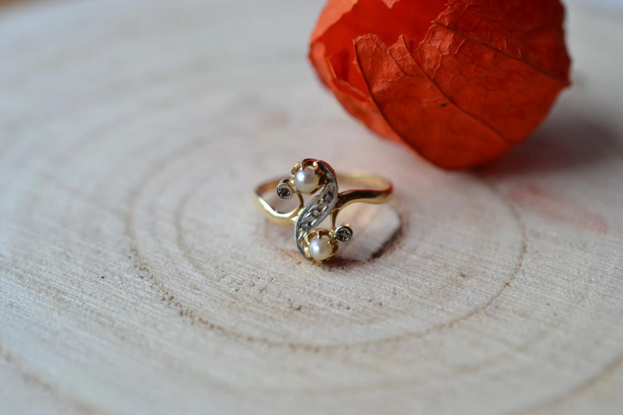 Bague Perles Boutons Et Diamants