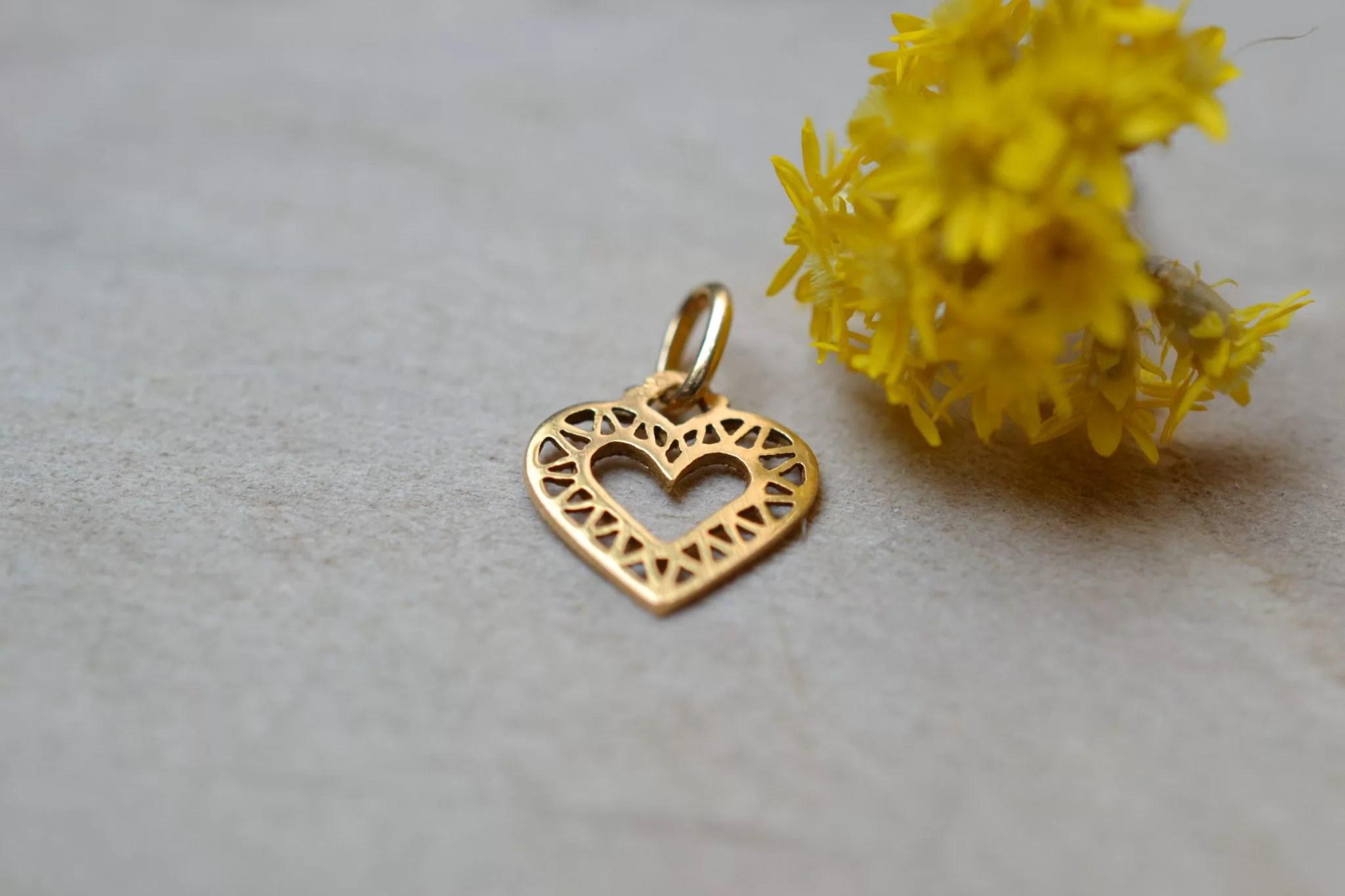 Pendentif cœur ajouré en Or jaune - pendentif de seconde main