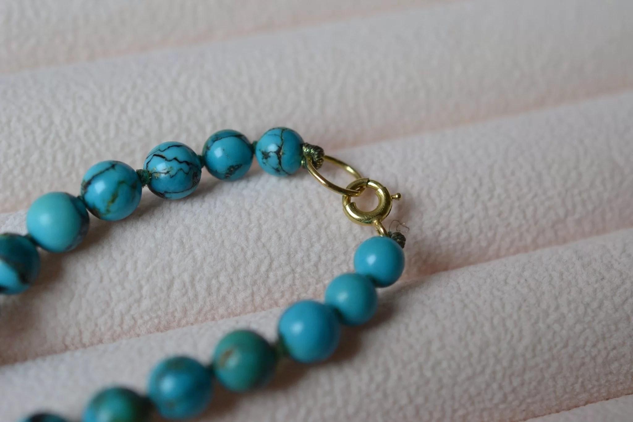 collier-perles-de-turquoise-bijou-retro