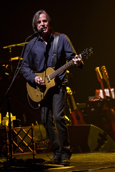 Neil Young and Jackson Browne To Present Hall of Fame ...