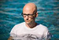 Moby, Noise11, Photo
