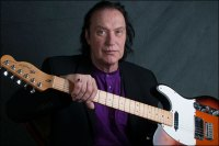 Dave Davies photo by Ian Heath