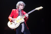 Tom Petersson Cheap Trick by Ros O'Gorman Noise11