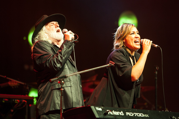 Brian Cadd, Kate Ceberano APIA Good Times Tour 2015