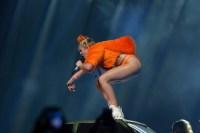 Miley Cyrus Bangerz Tour. Photo by Ros O'Gorman