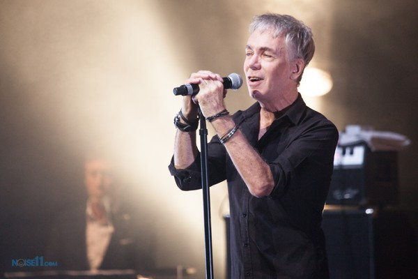 David Sterry, Real Life. Pure Gold Live at the Palais in St Kilda on Friday 13 May 2016. Photo by Ros O'Gorman