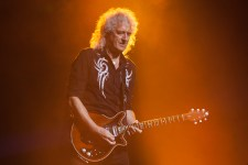 Brian May of Queen performs at Rod Laver Arena on Friday 2 March 2018. Photo by Ros O'Gorman