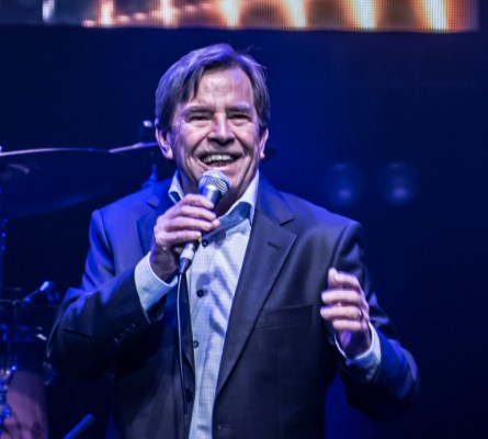 APIA Good Times Tour 2019 John Paul Young photo by Mary Boukouvalas