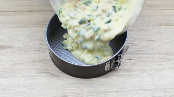 torta 7 vasetti salata preparazione 2