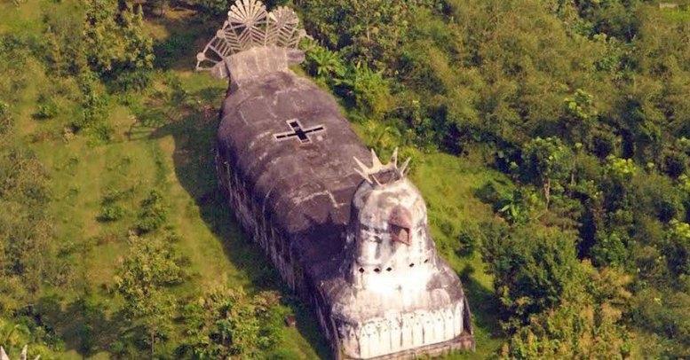 chiesa a forma di gallina