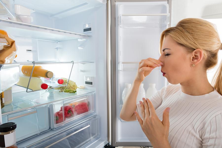 Come rimuovere i cattivi odori in casa con prodotti naturali