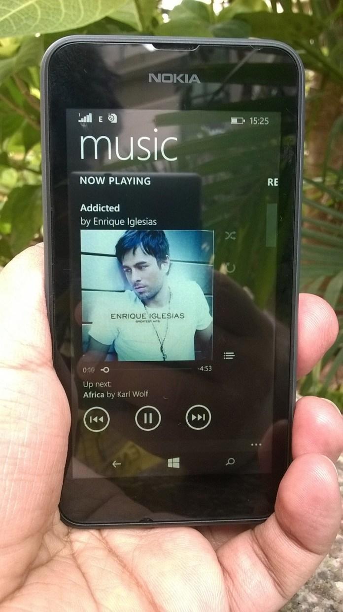Lumia 530 music