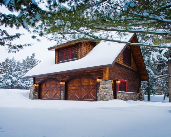 Carriage House Lower Whitefish Lake Winter (Minneapolis)