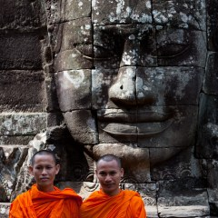 Bayon temple monks (454F17293)