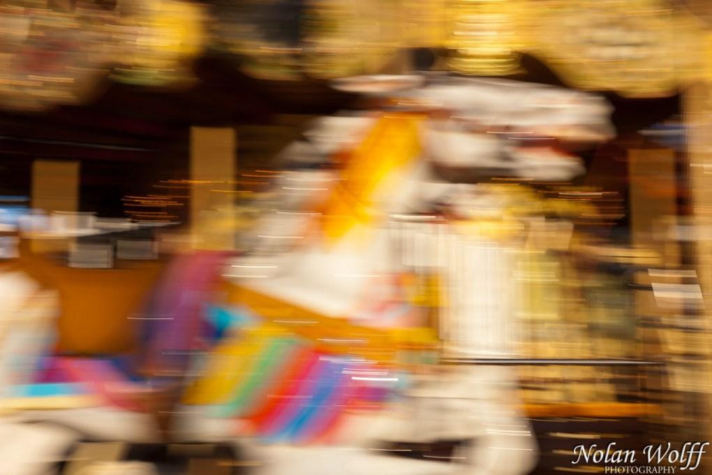 Merry-go-round (454F26501)