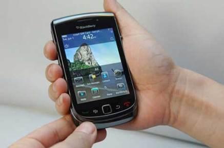 blackberry_bold_9800_1