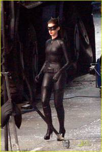catwoman-annehathaway-1