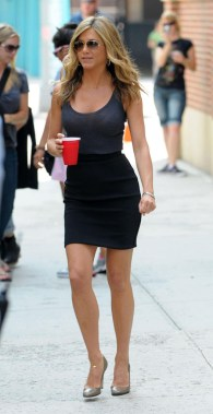 Jennifer Aniston filming 'The Bounty' in Harlem, New York