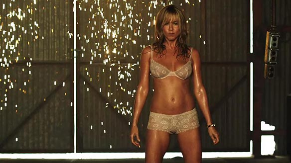 strip-dance-jennifer-aniston