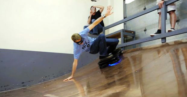 hendo-hoverboar-patineta-voladora-Tony-Hawk-03