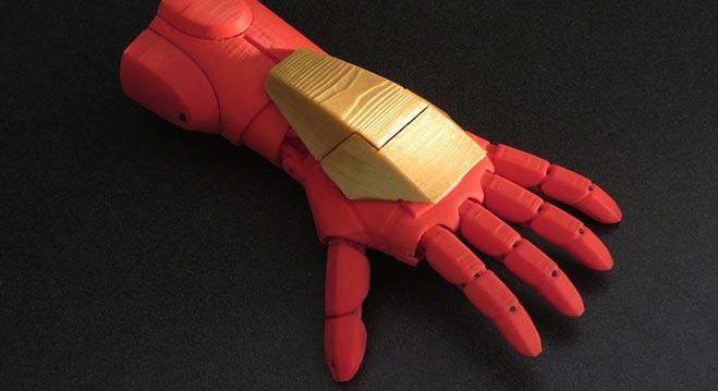 protesis-de-mano-ironman-para-infantes