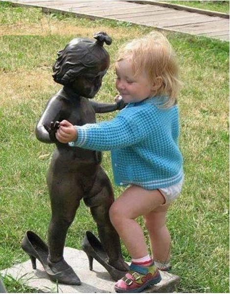 jugando-con-estatuas-19