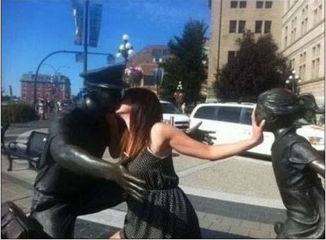 jugando-con-estatuas-20