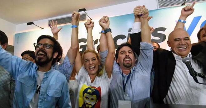 oposicion-gana-elecciones-parlamentaria-venezuela-2015