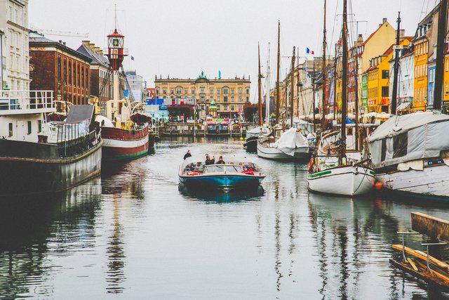 La Danimarca è una delle nazioni più felici del mondo. Noleggia un'auto in Danimarca con noleggioauto.it