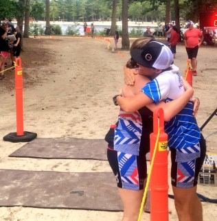#HugDealer